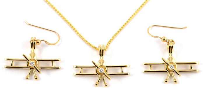 Bi-Plane 14kt Yellow Gold with 15 Point Diamond